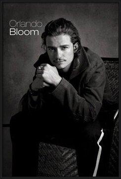 Orlando Bloom - sitting Poster