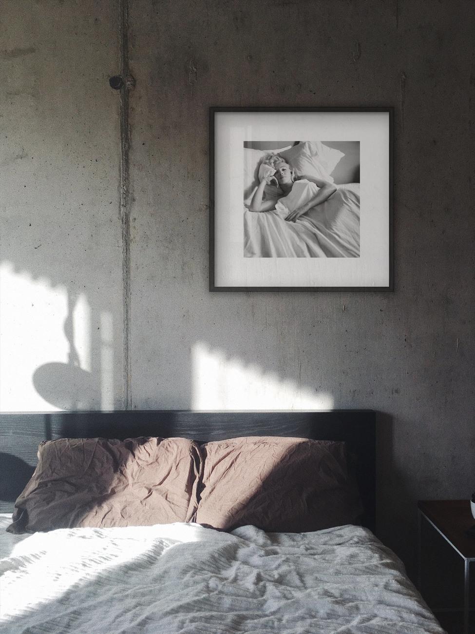 Marilyn Monroe - Bed Reproduction de Tableau